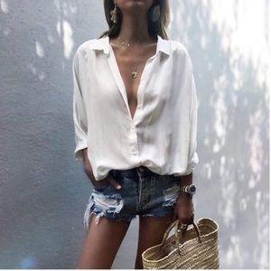 Tops - White button down casual shirt women's tops